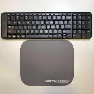 Logitech Wireless MK220 Keyboard and Fellowes Microban mousepad