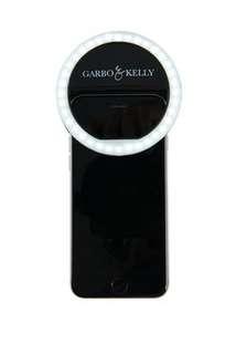 Garbo & Kelly selfie halo light