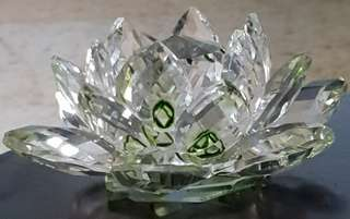 Fengshui Lotus green coloured crystal