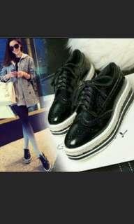 🚚 黑色厚底鞋