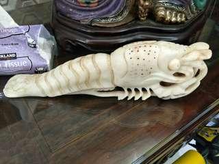白玉精雕大蝦