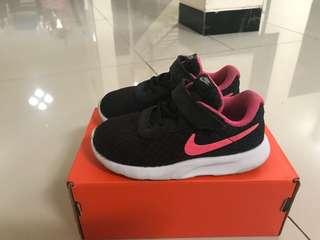 Sepatu Anak Toddler Nike