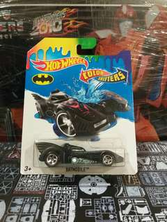 Hotwheels BATMAN BATMOBILE Keaton - color changers hw