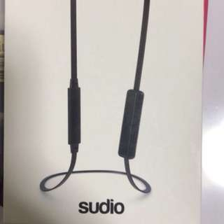 Sudio VSA Black and Gold wireless earpiece