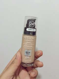 Revlon Colourstay Foundation in Nude