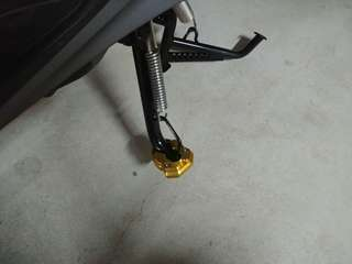 Side stand extender for Yamaha Xmax 300