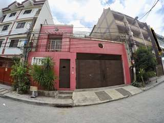 House and Lot in Makati (Prime Location)