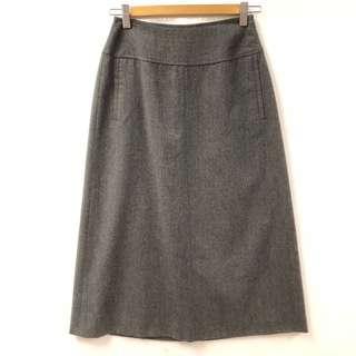 Max Mara gray skirt size F38