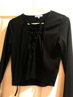 Black tie up crop top in size large (size 10-12)