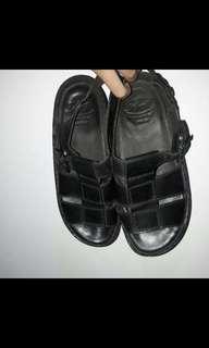 Sepatu cowo scholl asli