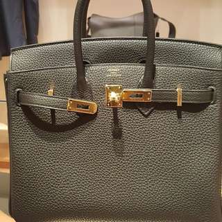 Authentic Hermes Birkin 25 black togo ghw stamp C