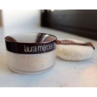 Laura Mercier Loose Setting Powder MINI Size 3.5g + MINI Puff- Translucent BRAND NEW & AUTHENTIC (NO OFFERS)