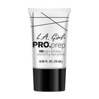 La girl pro prep primer dan La girl setting spray matte