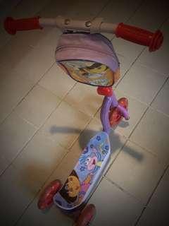 Scooter kids dora, playtime