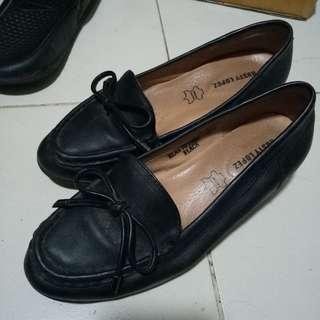 Rusty Lopez School Shoes