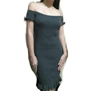 Off-Shoulder Knitted Gray Dress