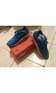 NIKE AIR MAX 90 AUTHENTIC