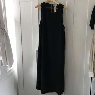 Aritzia Wilfred long dress with pockets