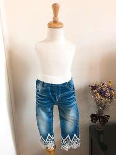 正韓刺繡蕾絲珍珠牛仔褲
