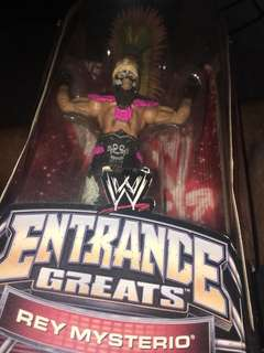 WWE REY MSTERIO ENTRANCE GREATS