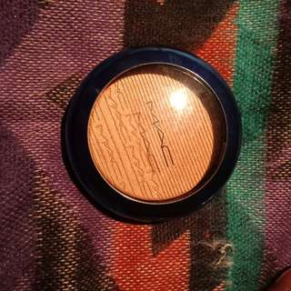 Mac extra dimension highlight