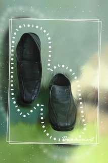 Sepatu Pantofel Formal untuk Kerja