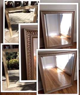"""⭐️⭐️⭐️Beautiful Canadian made champagne colour solid  wood bevelled mirror with leaf motif 27.5""""x 23.5"""" 2"""" thick  1"""" bevel on the mirror"""