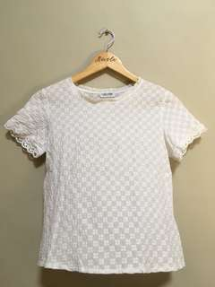 White Lace Top • S-M