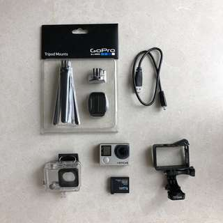 GoPro Hero 4 Silver - Great condition! Lots of accessories