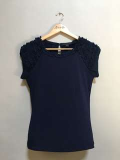Twenty One Dark Blue Top • S