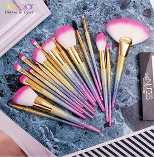🌸 [CLEARANCE SALE!] Decolor Rainbow Unicorn Make Up Brushes