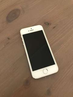 Silver iPhone 5s 32GB