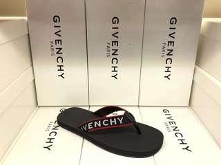 Givenchy 拖鞋40-43