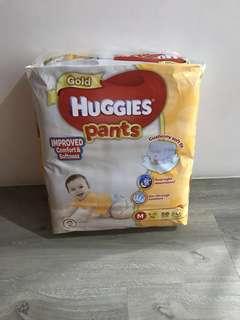 BN Huggies Gold Pants M size