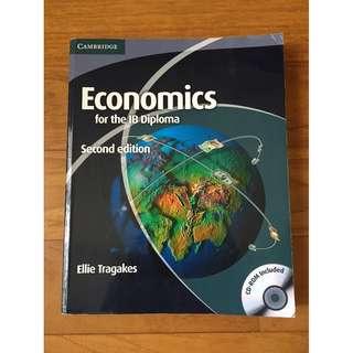 Cambridge Economics Textbook (IB Diploma)[paperback]