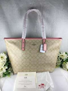 COACH ZIPPERED TOTE