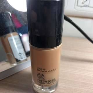 The Body Shop Foundation shade 024