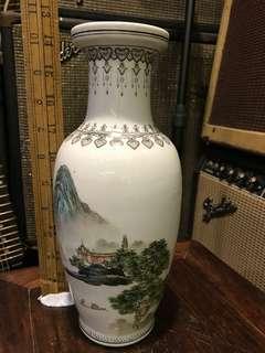 舊 景德鎮制 手繪山水 花瓶