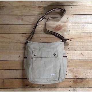 Fila sling bag