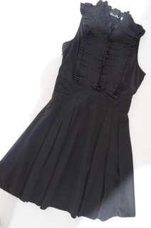 Black Detailed Pleated Dress
