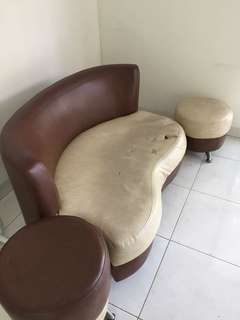 Sofa brown 2 seater + meja