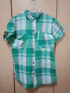 🚚 綠色格紋短袖襯衫