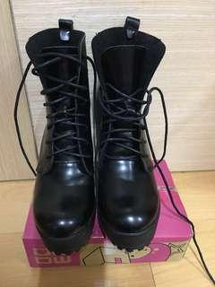 🌸黑色長靴