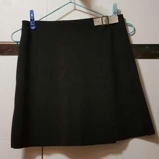 Skirt 黑色短裙
