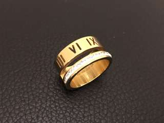 Roman number Ring (size :7)