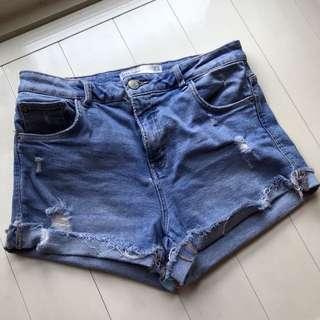 🚚 ZARA 短的牛仔褲
