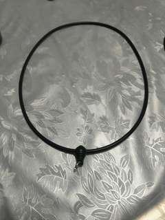 Amulet rubber necklace