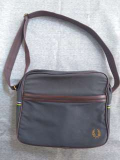 Tas Slempang Fred Perry Original