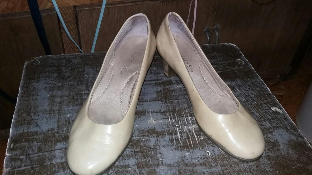ef4ac2b6a4fc Home · Women s Fashion · Shoes. photo photo ...