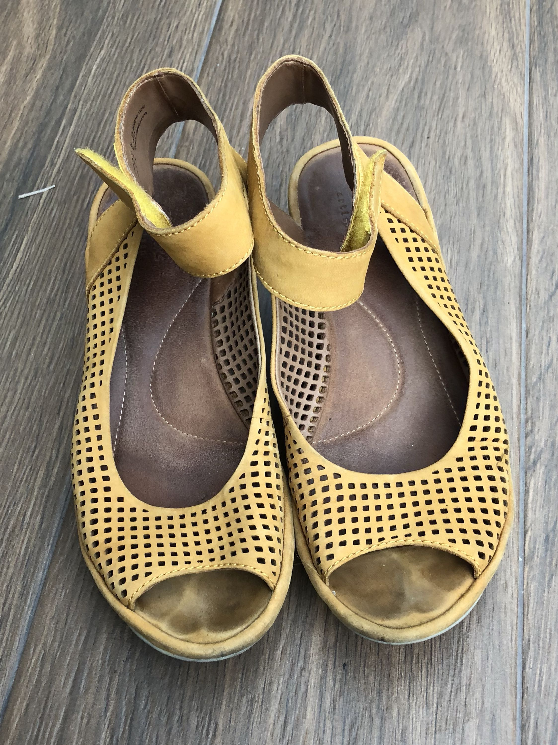 Clarks sandals in mustard yellow